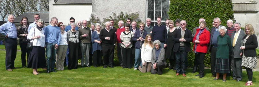 The group outside the Grimmond House.